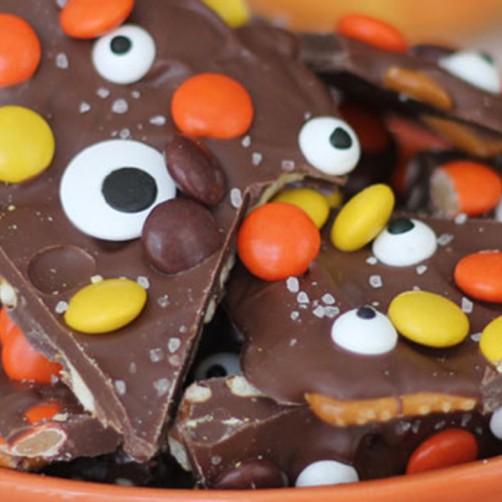 Halloween-Monster-Bark-ChocolateChocolateandmore-45a2