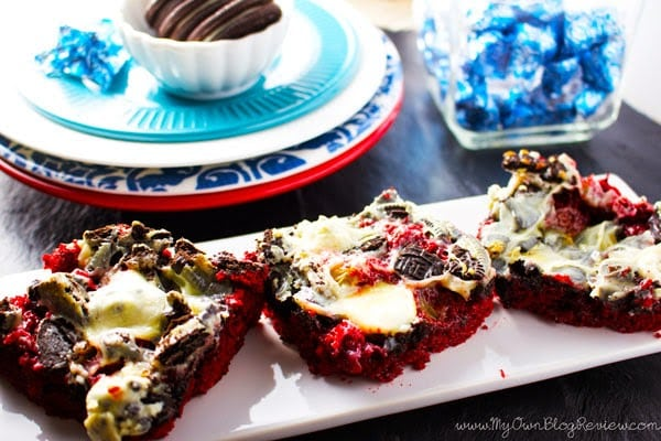 Everything you need to know about this recipe is in the name: Red Velvet Oreo Magic Bars. Each bite tastes better than the last. You can't have just one! www.embellishmints.com
