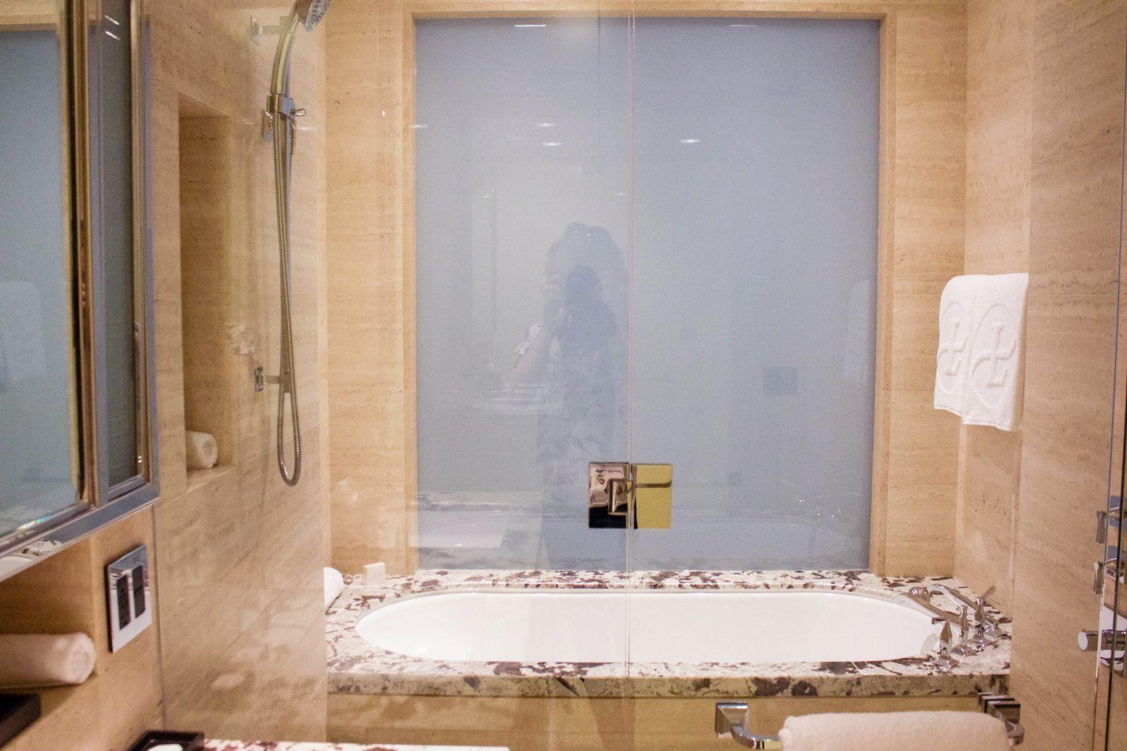 Chicago Luxury Hotel The Langham Embellishmints