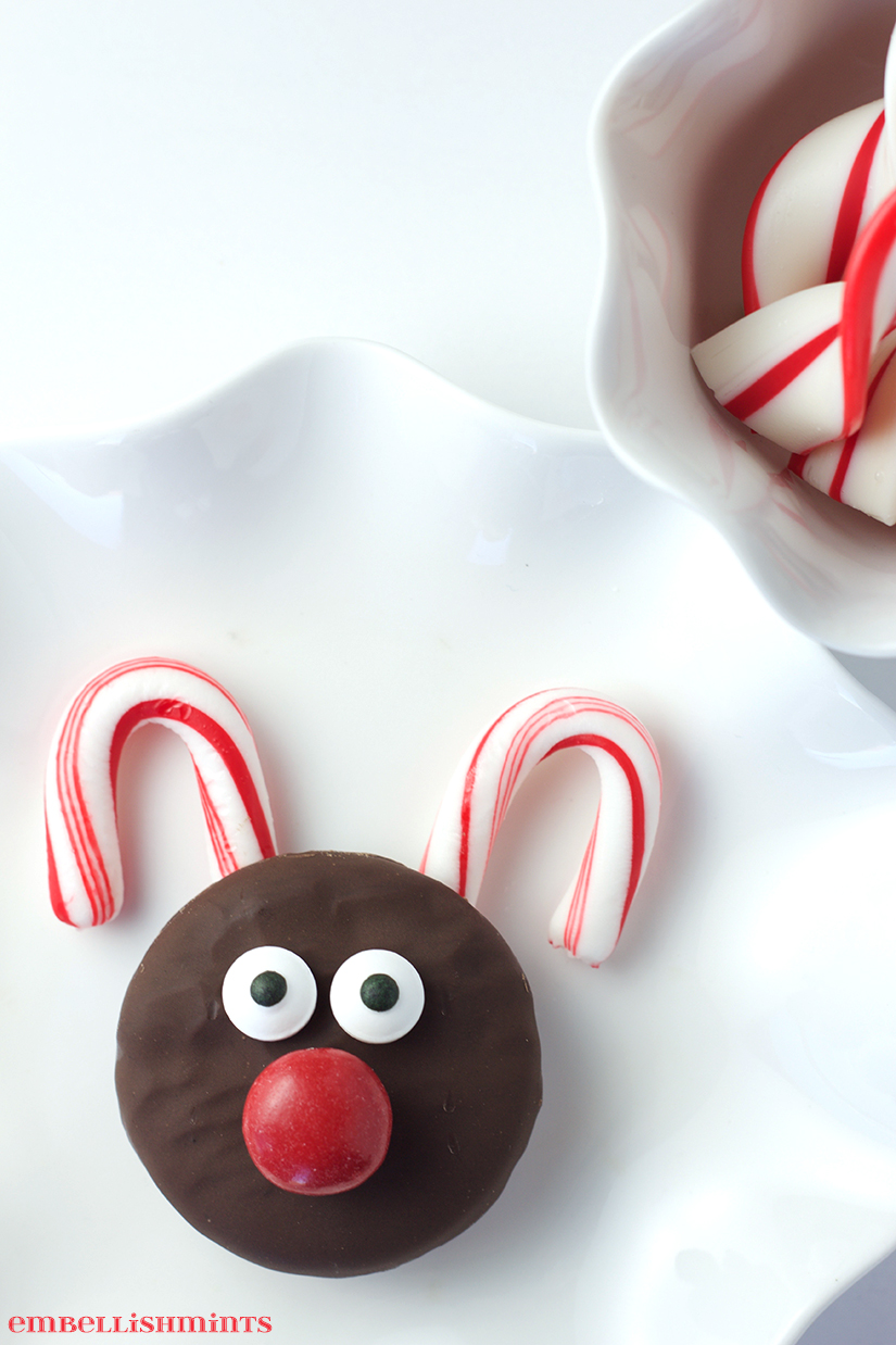 These Oreo Rudolph Cookies are so much fun for little ones to make. I love watching their excitement as they watch a cookie transform into Rudolph, and they love the fact that they made it all by themselves! Find more at Embellishmints.com