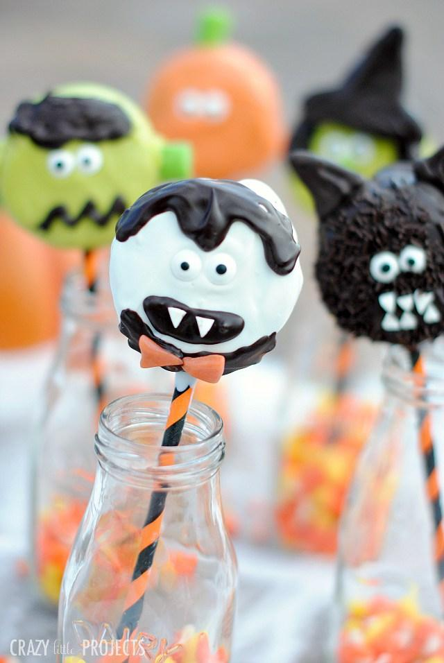 Easy DIY Halloween Pops! My favorite from this week's Linky Party from Bombshell Bling. I've never seen anything so cute, and easy as these DIY Halloween Pops. You and your kids will love them! Find out how, and get the link here.