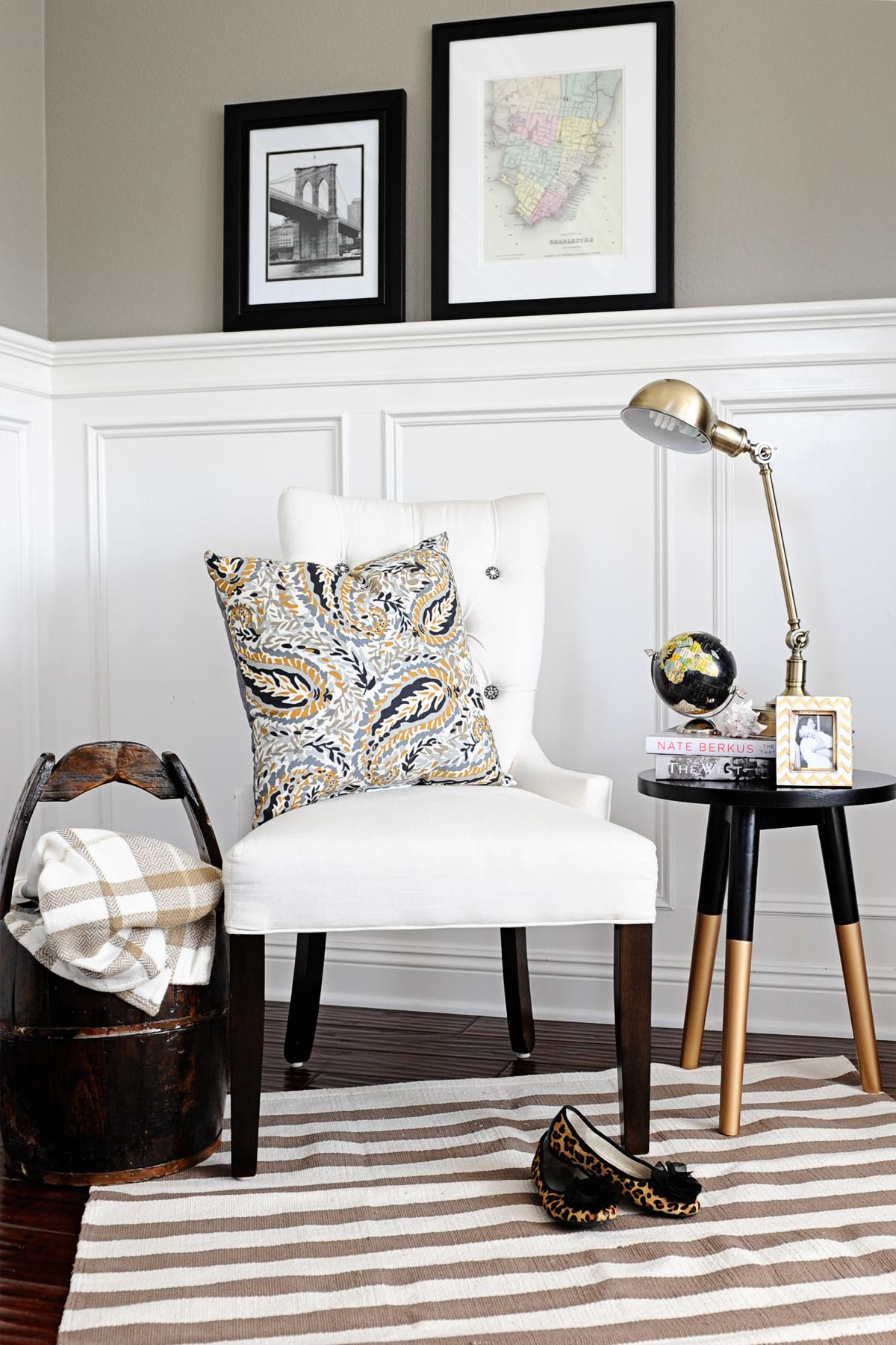 Tips and Inspiration for making your own Reading Nook in your home. The perfect way to transform that awkward corner in your home. You will love this inspiration from this week's Linky Party!