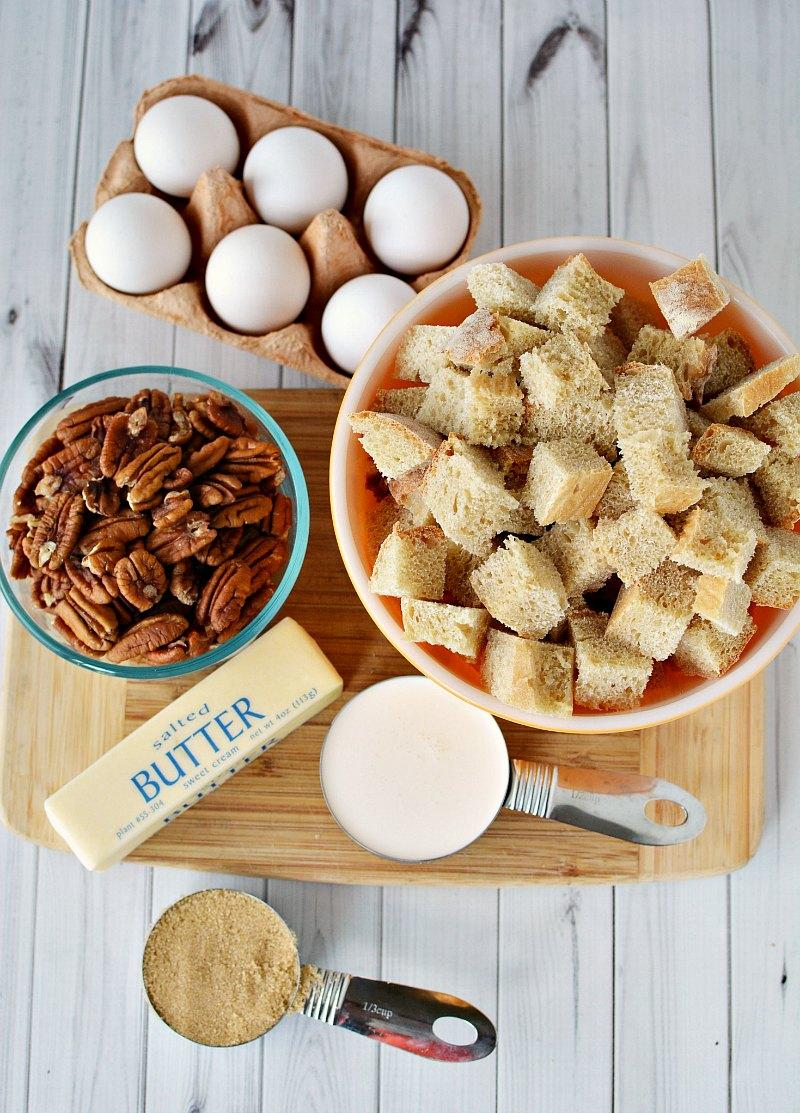 {Linky Party} This delicious recipe is making me excited for Fall! Here is this delicious Butter Pecan French Toast Bake. How can it not be delicious...just look at these ingredients.