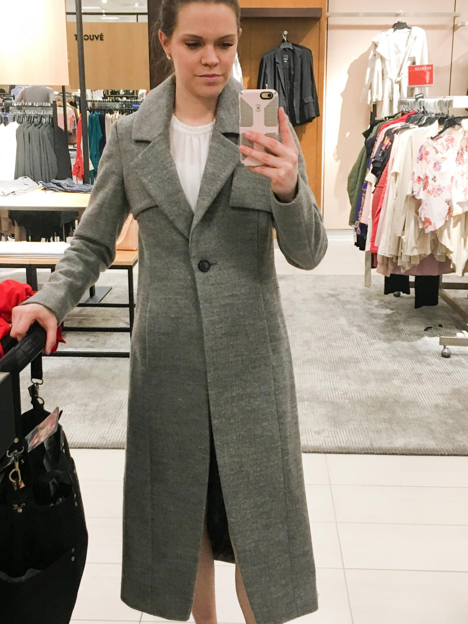Beautiful Winter Coat on Sale at Nordstrom at Woodfield Mall in Schaumburg, Illinois. The Best Woodfield Mall Stores in Schaumburg Illinois. Woodfield Mall is one of the biggest malls in America, let me help you decide where to stop first!