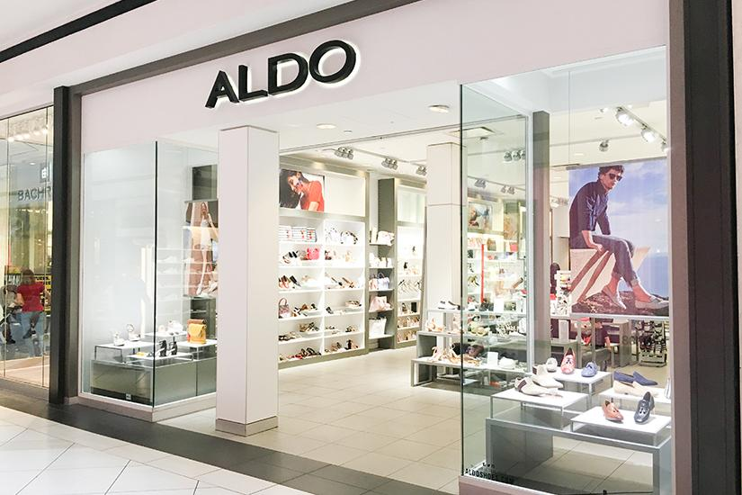 Aldo at Woodfield Mall in Schaumburg, Illinois! The Best Woodfield Mall Stores in Schaumburg Illinois. Woodfield Mall is one of the biggest malls in America, let me help you decide where to stop first!
